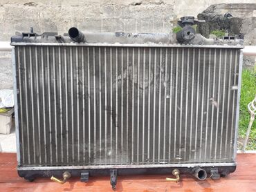 Радиатор на камри 30-35 кузов 2.4 объем