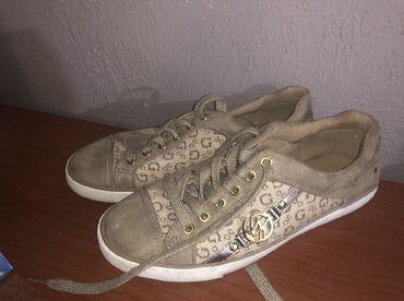 Guess sneakers Φορεμένα 2 φορές σε άριστη κατάσταση,δεν έχουν καμία