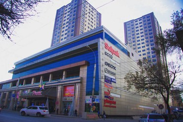 4 комнатные квартиры в бишкеке цена в Кыргызстан: 4 комнаты, 122 кв. м