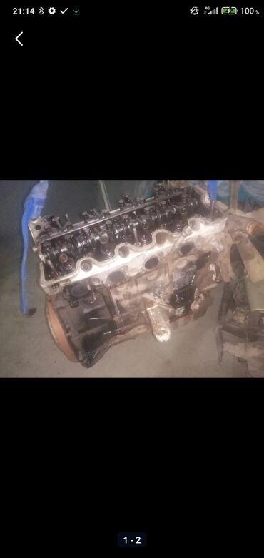 Продаю блок цилиндров w124 102 мотор