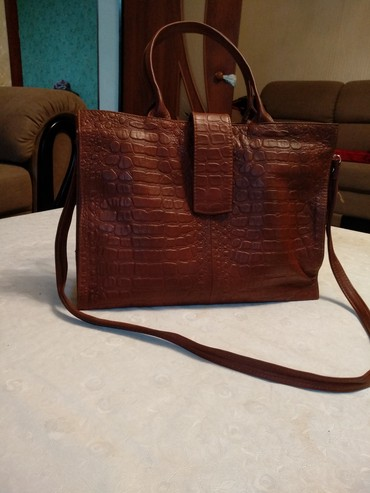 Натуральная кожаная сумка. цена 210$. обмен не интересует в Бишкек