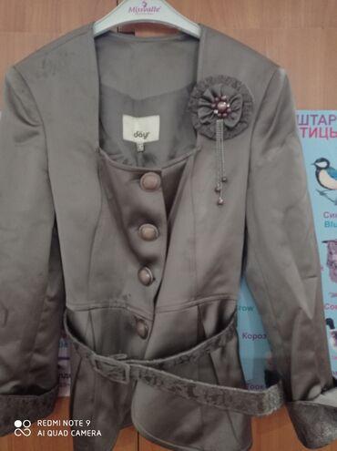 Турецкий костюм с юбкой б/у 1000 сомов г Жалал-Абад тел