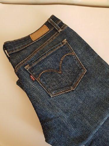 женские джинсы армани в Кыргызстан: Джинсы женские Levis. Размер 26
