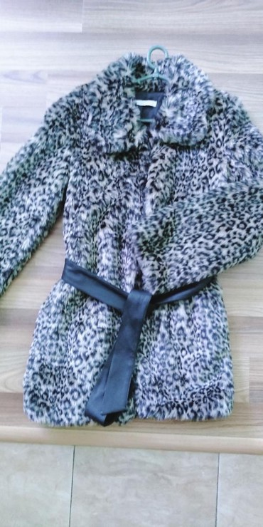 Ženska bundica veličina 36 jednom obučena - Kovacica