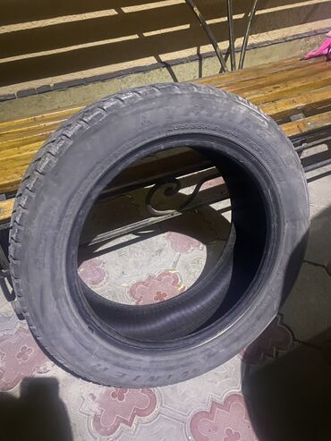 Продаю шины зима r 18 /235/55 фирма Triangel