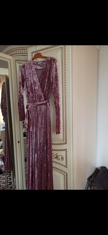 платье бархатное в пол в Кыргызстан: Продаю бархатное красивое платье в пол. Можно как беременной носить, и