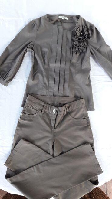Zenske pantalone broj - Srbija: Zenski braon komplet kosulja i pantalone, velicina s u odlicnom