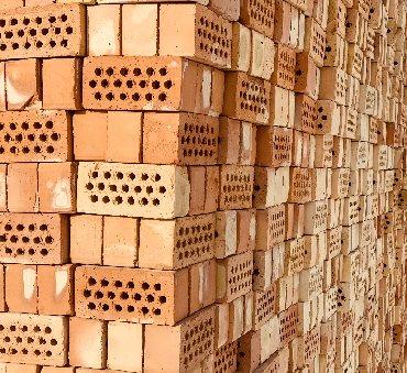 Кирпич Кирпич -керамический полублок 19-дырчатый. Марка по прочности