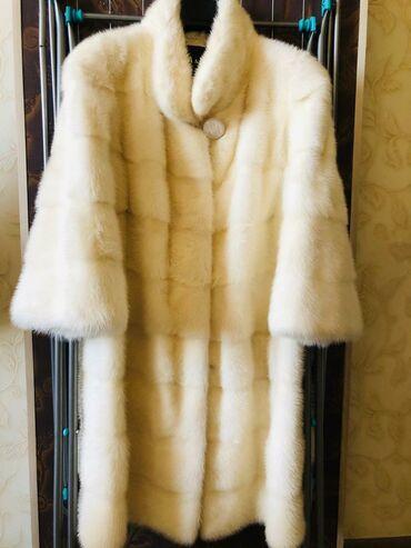 Шуба норковая размер 48-50, цельная, пр. Греция. Новая. Цена 70000