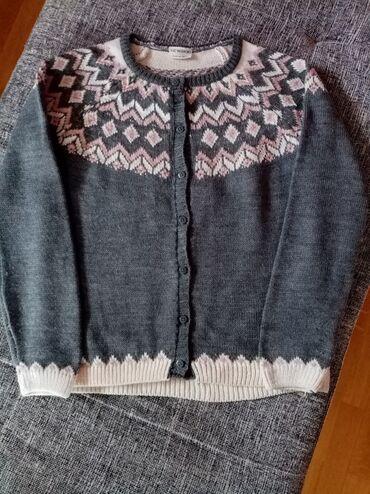 Dečija odeća i obuća - Nova Pazova: Prelep zimski džemper LC Waikiki bez ikakvih tragova nošenja vel 10/12