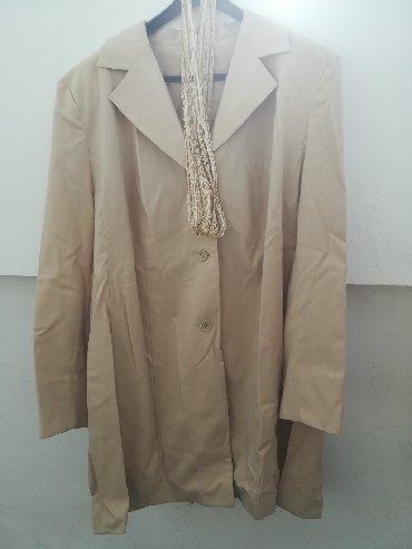 Ženska odeća | Vranje: Prelep očuvani sako bež boje vel 54, ima sa strane rascepe, obim grudi