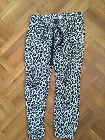 Pantalone uske - Srbija: Pantalone M materijal flis