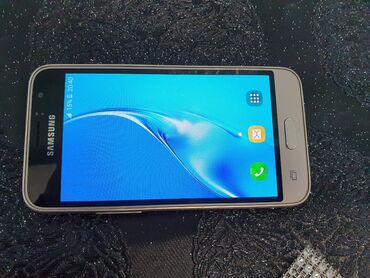 Samsung galaxy j1 - Азербайджан: Б/у Samsung Galaxy J1 Duos 8 ГБ Золотой