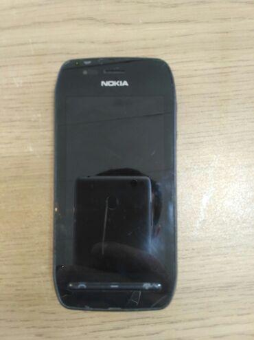 603 motor в Азербайджан: Nokia 603 telefon işləkdir təkcə batareyası yoxdu birdəki arxa