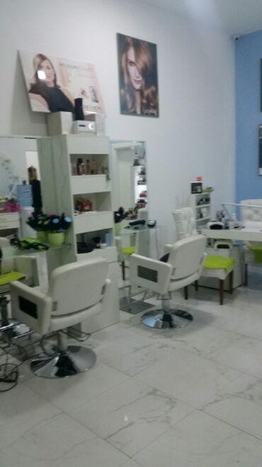 Saloni lepote - Beograd: Frizersko-kozmetickom salonu u A bloku, Novi Beograd, potreban frizer
