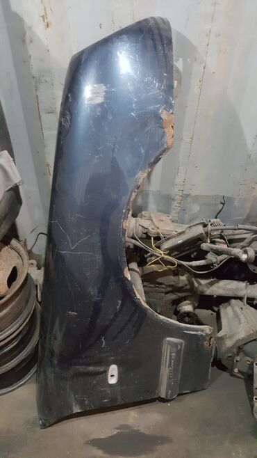 мерседес миллениум цена в бишкеке в Кыргызстан: Продаю крыло на Mercedes Benz 210 Миллениум лупарик