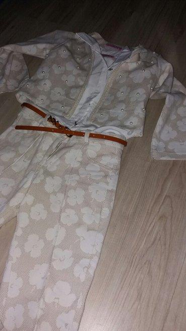 Dečije jakne i kaputi   Zrenjanin: Novo! Sako, košulja i pantalone. Dobijeno na poklon. Sako: rukavi