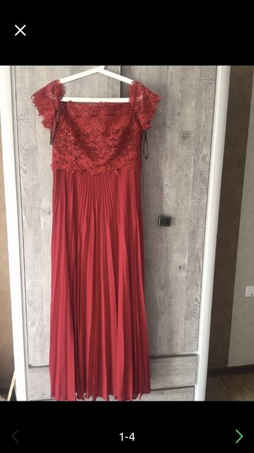 v otlichnom sostojanii botinki в Кыргызстан: Женское платье вечернее, размер M (42-44), было надето пару раз на