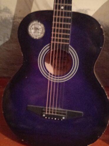 Музыкальные инструменты - Нарын: Продаю гитару! Састаяние б/у ! Струны новые, звук очень хороший