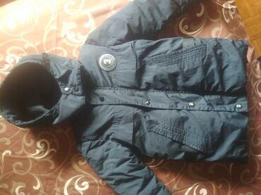 Sezonski posao - Srbija: Zimska jakna za decake vel 4, postavljena I topla, moze dve sezone