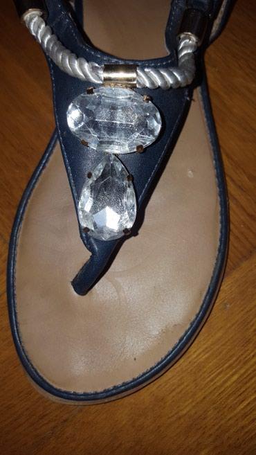 Lepa zenska sandala. ocuvana. Broj 40, gaziste 25cm. - Vrsac - slika 2