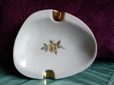 Porcelan - Srbija: Pepeljara nova Titov Veles stari porcelan. visina