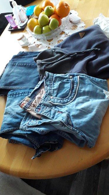Muška odeća | Beocin: Paket dvoje farki jedne bermude i dzemper folka