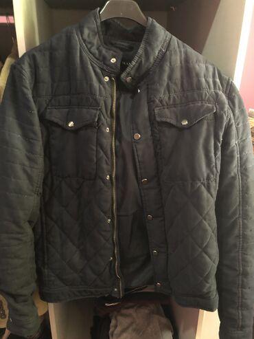 Zara muska jakna M velicina, u extra stanju
