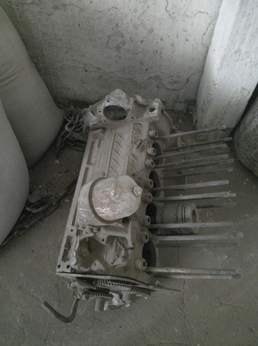 Автозапчасти - Каинды: Мотор на трактор т 40