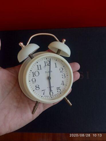 Антикварные часы - Кыргызстан: Продаю советские будильник Слава состояние отличное, рабочий