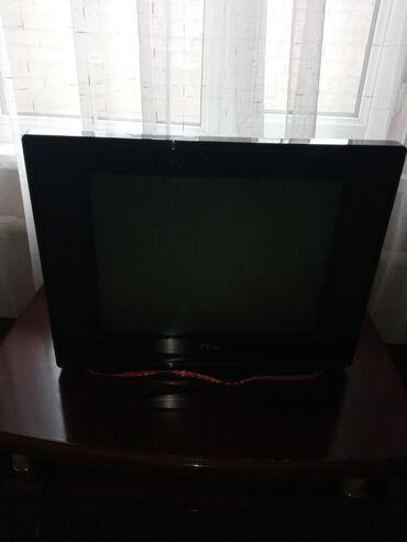 Телевизор как новый очень аккуратный яркий все в идеальном состоянии