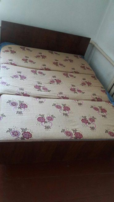 Кровать в отличном состоянии...матрац новый  в Бишкек