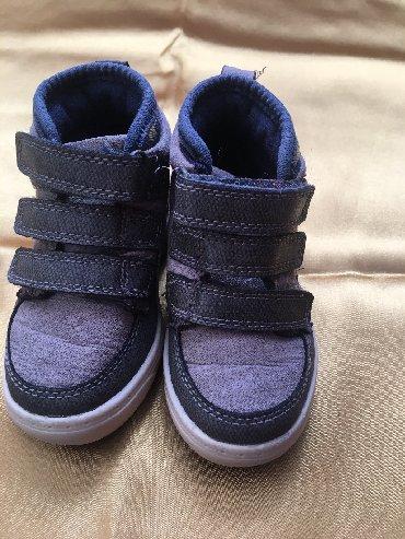 замшевая туфля в Кыргызстан: Супер БотиночкиОчень удобные! Фирма OshKosh На 1-1,5годика