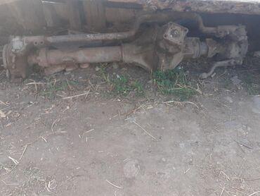 Автозапчасти в Кызыл-Суу: Продаётся мост от ЗИЛ-157 и другие комплектующие запчасти. Находиться
