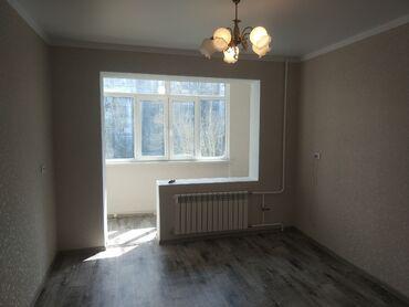 продаю 1 комнатную квартиру в бишкеке в Кыргызстан: 105 серия, 1 комната, 37 кв. м Бронированные двери, Лифт, Евроремонт