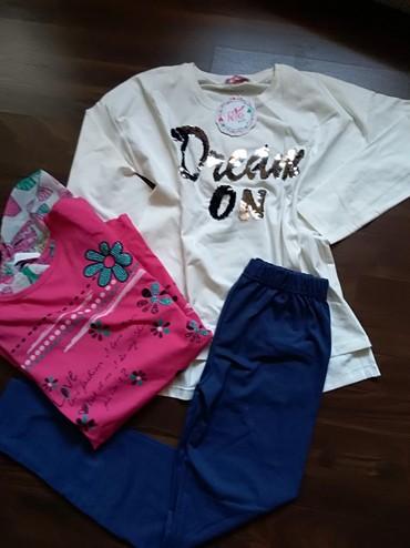 Komplet nove garderobe za devojčicu. Dve prelepe tunike i helanke. - Ruma
