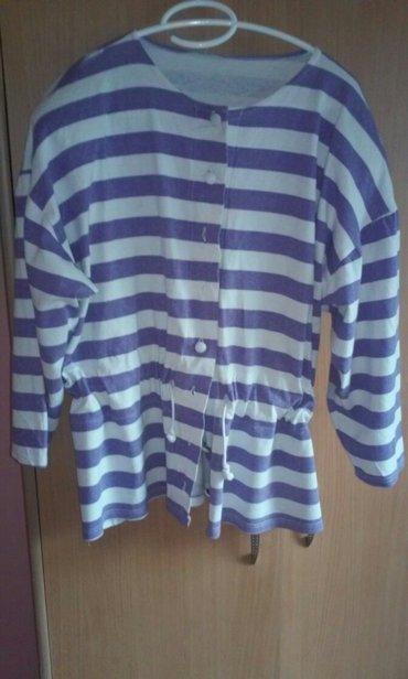 Jaknica-stepana-interesantan-dezen-icini-kupljen - Srbija: Presladak bluzon-jaknica,lep dezen,interesantan kroj,savrsen za sve