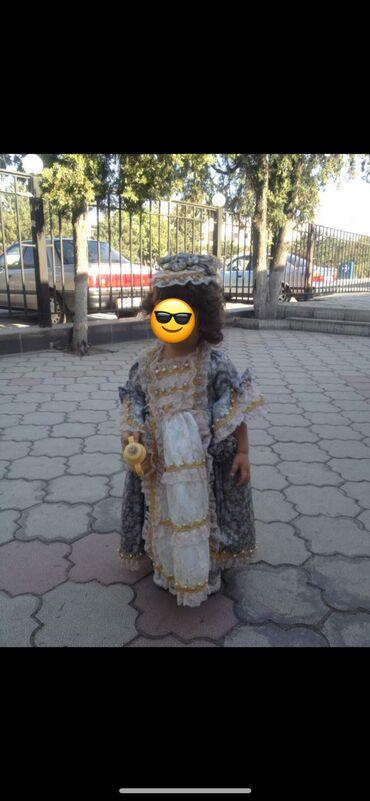 спортивное платье с фатином in Кыргызстан | ПЛАТЬЯ: Продам платьюшко на девочку 2-3 года . В комплекте шляпа ещё. Надето
