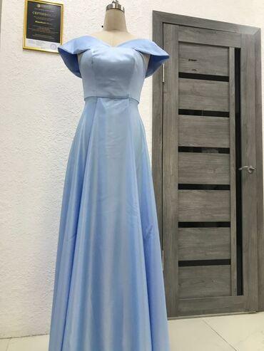 Личные вещи - Александровка: Продаю платья корсетное, вечерное