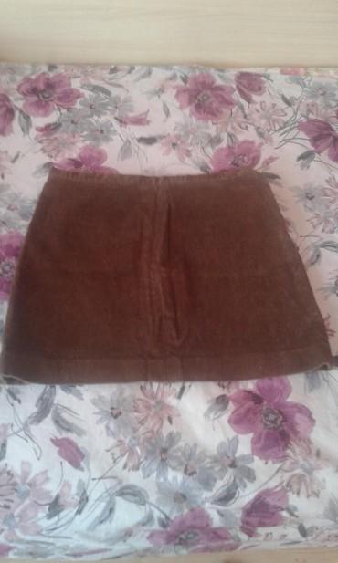 Mini suknja nekoliko puta obucena, ocuvana skoro nova od somota za