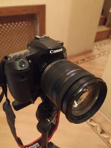 canon eos 5d mark ii в Азербайджан: Canon eos 70D ideal vəziyyətdə. Nomreye zeng catmasa nomrenin whatsapp