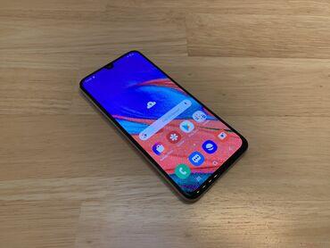 Samsung A40 64 GB qara