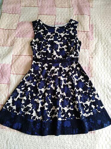 587 oglasa: Nova haljina od pamučnog platna, vel S/M, u savršenom stanju