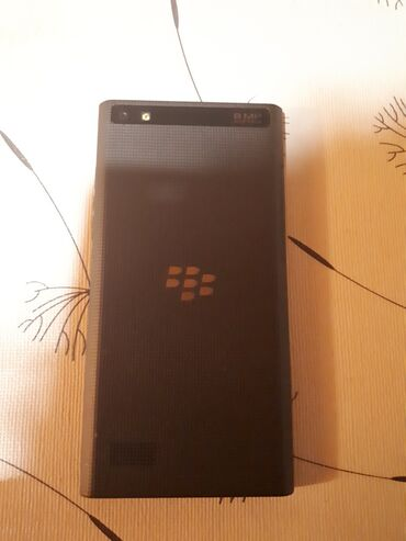 Blackberry | Srbija: BlackBerry Leap top stanje, skoro kao novEkran bez ogrebotina. Nema