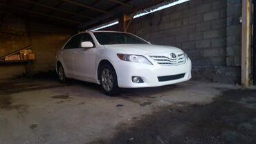 Toyota Camry 2.5 л. 2010