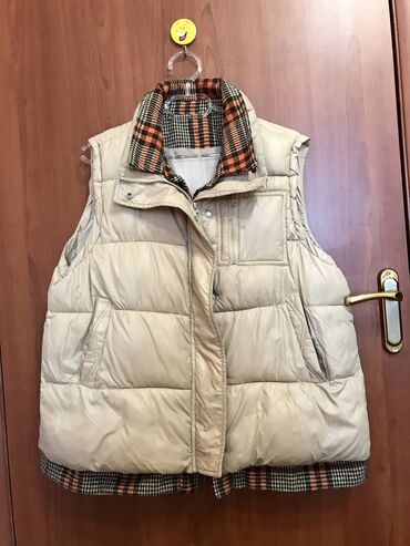 Тёплая жилетка оверсайз  Р/м M.L можно и S если любите свободную одежд