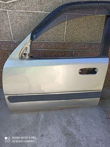 Продаю передне левая дверь Хонда срв 1 поколения япошка, варенная