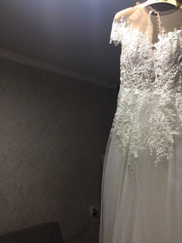 свадебное украшения в Кыргызстан: Продаю нежное дизайнерское свадебное платье для миниатюрной невесты. Ц