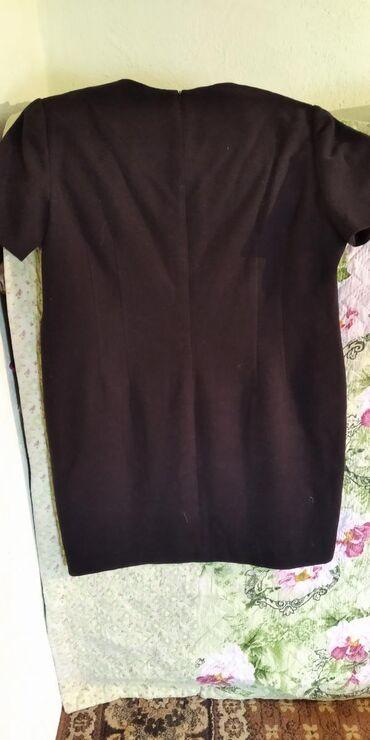 летнее платье 58 размера в Кыргызстан: Продаю платие шерстиное теплый аргинал размер 52 58
