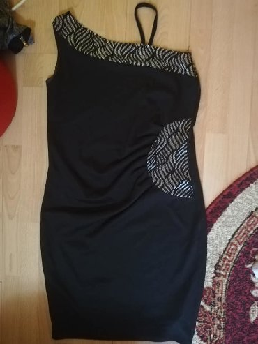 Haljine - Plandište: Zenska jako kvalitetna haljina,sa detaljima cipke,velicine
